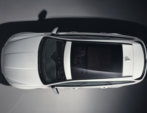 THE NEW JAGUAR XF SPORTBRAKE SHOWS ITS SIDE