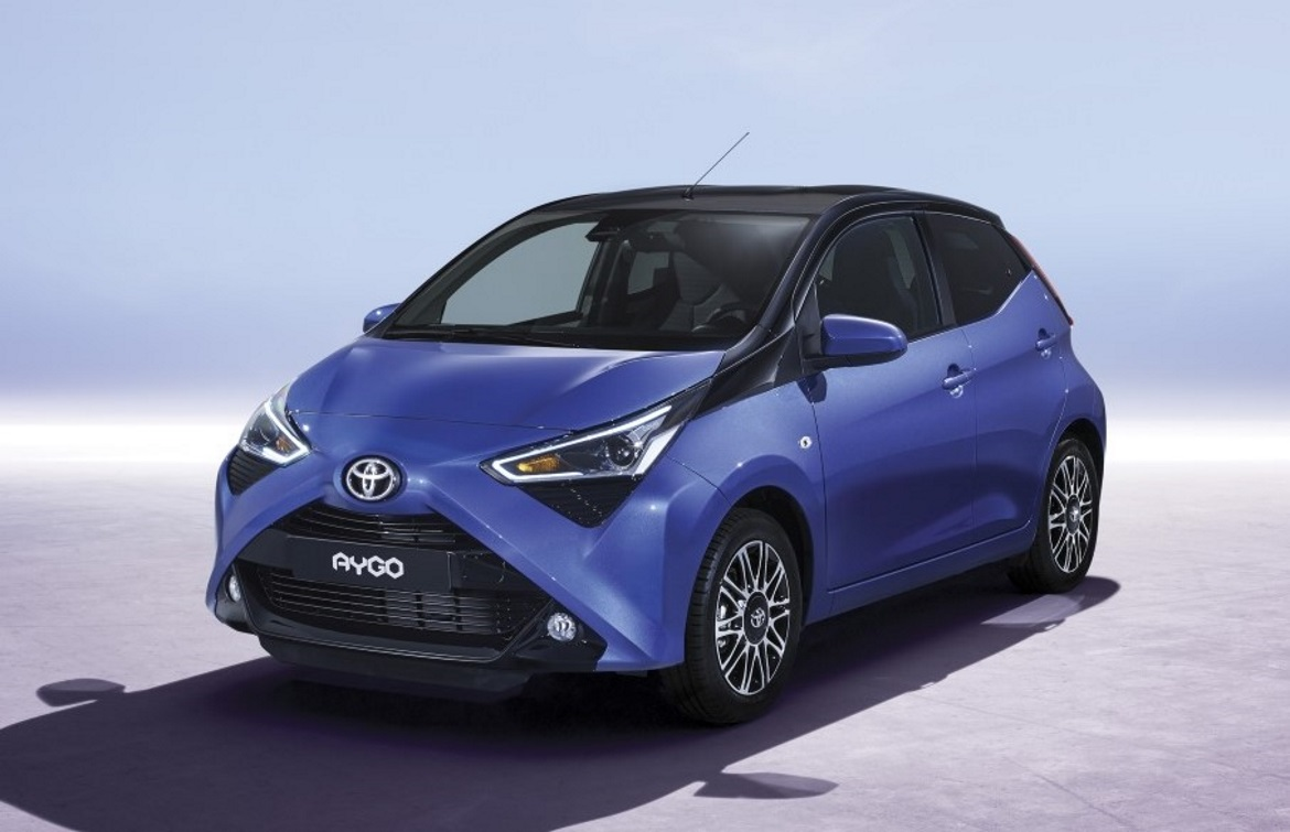 toyota aygo restyling an icon auto design. Black Bedroom Furniture Sets. Home Design Ideas