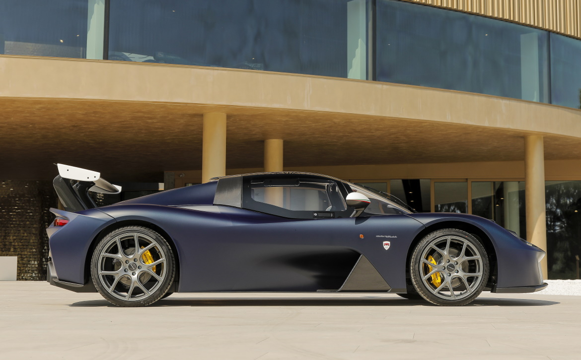 DALLARA STRADALE CLUB ITALIA, AN EXCLUSIVE MINISERIES